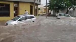 Espectaculares inundaciones en Santa Rosa (La Pampa)